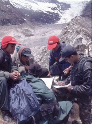 a group of SLIMS trainees in Bhutan