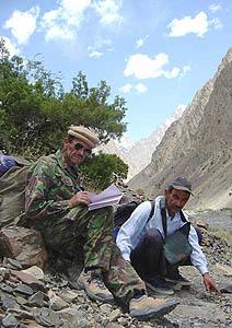 Ghulam Wafi Shah (left) & Ulfat Shah